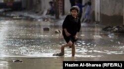 إنسداد خطوط المجاري وراء حدوث فيضانات في شوارع بغداد