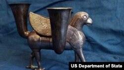 Возвращенный из США в Иран артефакт.