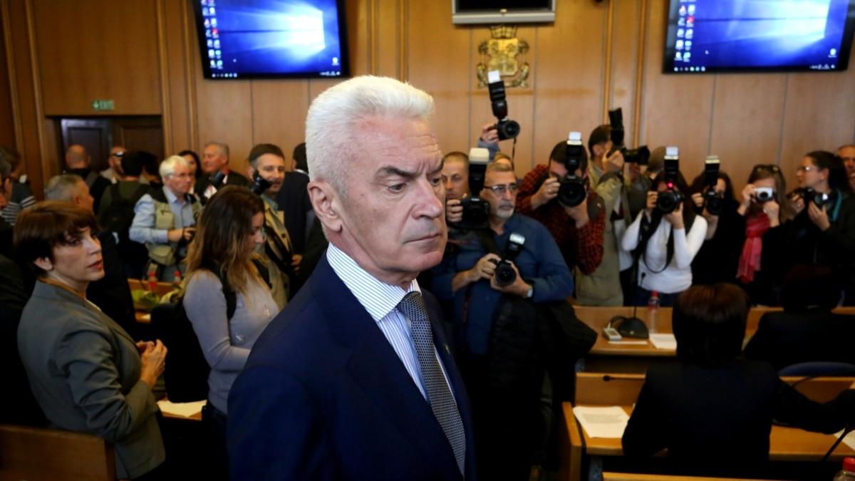 Болгария: прокуроры расследуют призывы лидера пророссийской партии в нарушение карантина