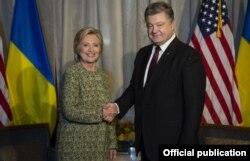 Президент Порошенко на зустрічі із кандидатом в президенти США Гіларі Клінтон. Нью-Йорк, 19 вересня 2016 року