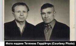 Брати Павлюки: Микола (ліворуч) та Семен (праворуч)