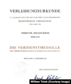 Johann Böhm distins cu Medalia de merit al R.F.G., 2005
