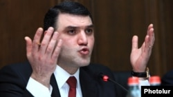 Armenia - Prosecutor-General Gevorg Kostanian speaks at parliamentary hearings in Yerevan, 22Jan2015.