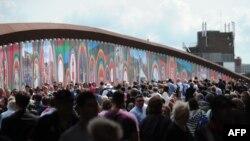 Публика в Олимпийском парке. Лондон, 30 июля 2012 г