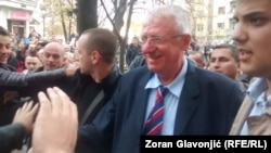 Vojislav Šešelj po povratku iz Haga u Beograd, novembar 2014.