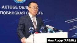 Жанат Жубанышев, начальник Актюбинского областного управления жилищно-коммунального хозяйства. Актобе, 29 марта 2017 года.
