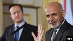 د افغانستان ولسمشر محمد اشرف غني او د برتانیا لومړی وزیر ډېویډ کېمرون