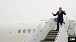 Держсекретар США Джон Керрі прибув до Японії, 10 квітня 2016 року