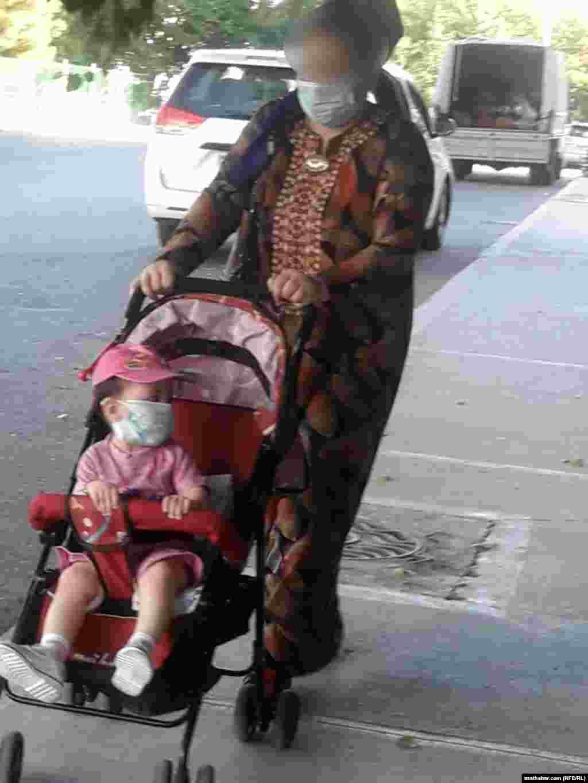 Ношение масок в общественных местах обязательно, Ашхабад, Июль, 2020.