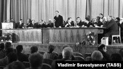SSRİ Yazıçılar İttifaqının plenumu. 1973
