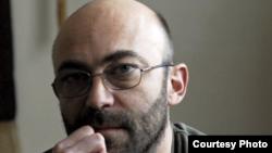 Scriitorul Filip Florian