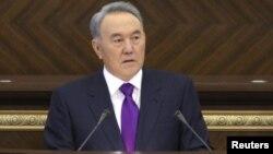 Нурсултан Назарбаев, президент Казахстана. Астана, 27 января 2012 года.