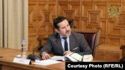 اجمل احمدي