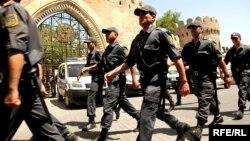 Ադրբեջանցի ոստիկանները Բաքվի փողոցներում, արխիվ