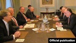 United States -- The Azerbaijani and Armenian foreign ministers (R) meet with the OSCE Minsk Group co-chairs in New York, 27Sep2013.