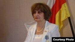 Вице-спикер парламента Южной Осетии Мира Цховребова (фото с сайта Osradio.Ru)