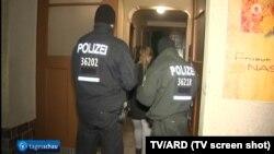 Intervenţia poliţiei (Foto: TV/ARD)