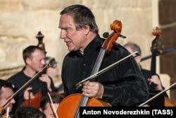 Сергей Ролдугин на концерте в Пальмире