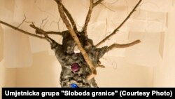 """""""Drvo života - čovjek smrti"""", rad mladih umetnica iz BiH"""