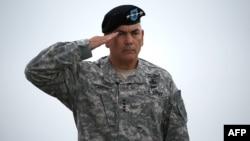Командувач сил НАТО і США, американський генерал Джон Ф. Кемпбел