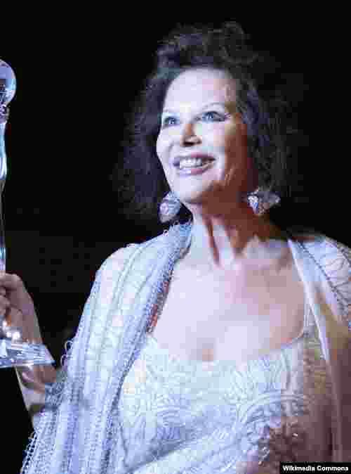 Claudie Cardinale