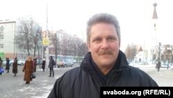 Алег Аксёнаў