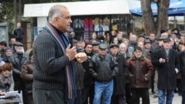Armenia - Opposition presidential candidate Raffi Hovannisian holds a rally in Lori, 6Mar2013.