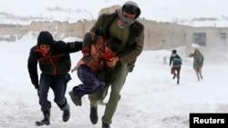 برفباریهای اخیر در افغانستان جان ۲۹ تن را گرفتهاست
