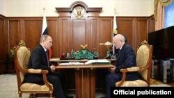 Русия президенты Владимир Путин һәм Башкортстан җитәкчесе Рөстәм Хәмитов