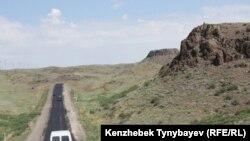 Дорога из Усть-Каменогорска в Алматы. 28 июня 2010 года.