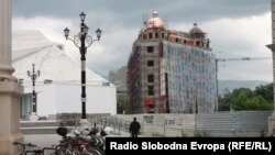 Продолжува изградбата на проектот Скопје 2014