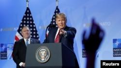 Президент Дональд Трамп и госсекретарь Майк Помпео, июль 2018 года