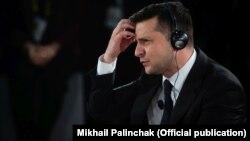 Владимир Зеленский ҳангоми ҳузур дар конфронси амниятии Мюнхен дар рӯзи 15-уми феврали соли 2020.
