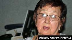 Ахмет Байтұрсынұлының жиеншары Меруерт Тыныбекова. Алматы, 3 қыркүйек 2012.