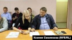 Заседание по делу Марии Мотузной в суде Барнаула