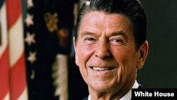 АКШнын 40-президенти Рональд Рейган.