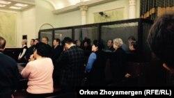 """Оглашение приговора предпринимателю Тохтару Тулешову и другим фигурантам так называемого """"дела Тулешова"""". Астана, 7 ноября 2016 года."""