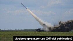 «Укроборонпром»: під час серії запусків були перевірені тактико-технічні характеристики ракет, систем наведення та можливості модернізованої «Вільхи» знищувати цілі за мінімальний час після отримання завдання на ураження