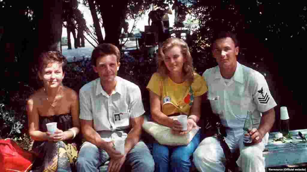 У звільнення американські моряки ходили щодня, тому встигли завести друзів і подруг