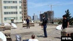 Спутниковые антенны на одной из крыш Баку