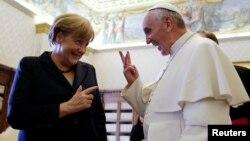Ֆրանցիսկոս Պապը և Անգելա Մերկելը հանդիպում են Վատիկանում, արխիվ