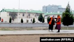 Туркменабат накануне визита президента (Архивное фото)