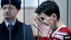 Надежда Савченко в Басманном суде Москвы 4 марта 2015 года