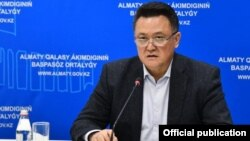 Алматы қалалық қоғамдық денсаулық сақтау басқармасының жетекшісі Тілеухан Әбілдаев.