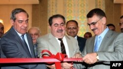وزير الخارجية هوشيار زيباري يفتتح فندق الرشيد بعد إكمال إعادة إعماره