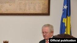 Ministar unutrašnjih poslova Kosova, Skender Hiseni