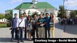 Кытайның популяр журналистлары һәм блогерлары Иске Татар бистәсендә, 7 август 2015