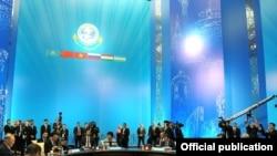 Падчас паседжаньня саміту ў Астане.