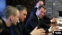 Подмосковные Горки: встреча Дмитрия Мкдведева с лидерами внесистемной оппозиции