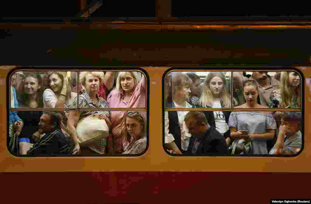Passengers on a tram in Kyiv, Ukraine (Reuters/Valentyn Ogirenko)